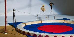 calders-circus-tightrope-walkers