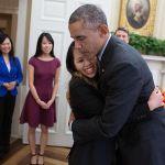 Nina_Pham_and_Barack_Obama