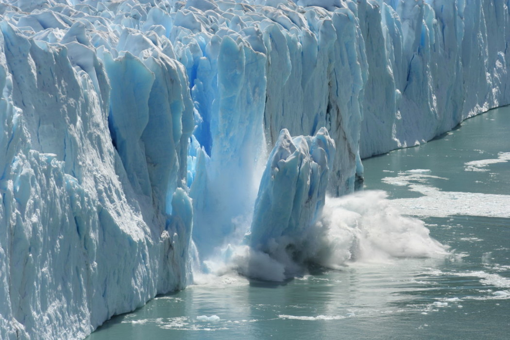 http://theviralmedialab.org/wp-content/uploads/2016/03/polar-ice-caps-1050x700.jpg